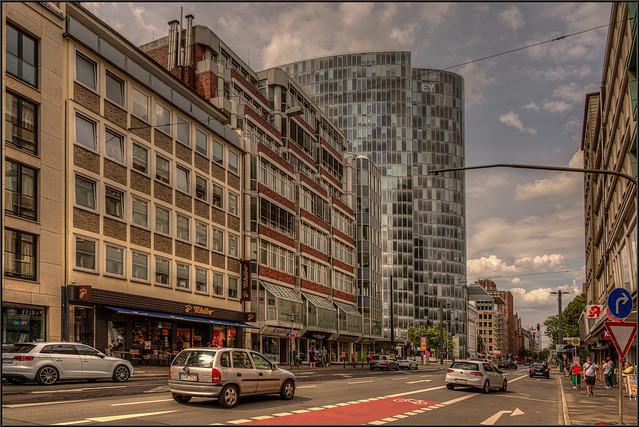Friedrichstrasse / Ecke Graf-Adolph-Platz