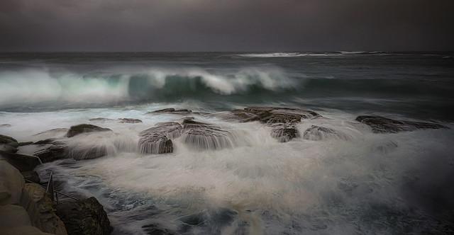 # 9023 Storm at sea ll