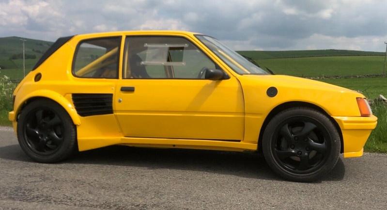 Peugeot-205-Porsche-Boxster-4
