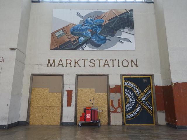 202107050 Stuttgart Hbf/ main station