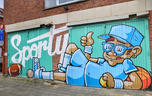 """mural """"Sporty"""" created by artist Beireh in Kessel-Lo"""