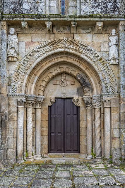 DSC3995 Portada Occidental, San Pedro da Mezquita, 1202, A Merca, Ourense