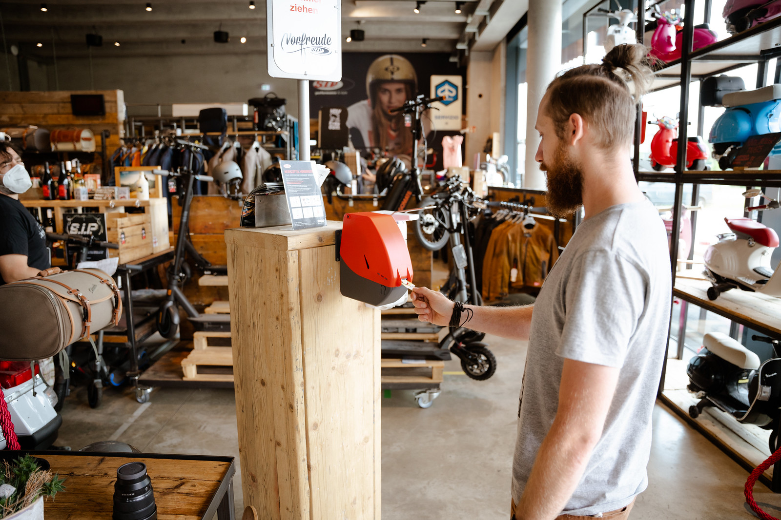 SIP Scootershop Flagship Store 2021