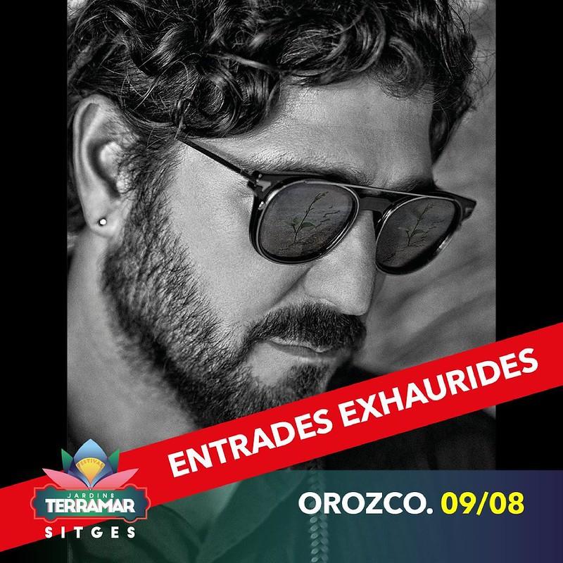 Antonio Orozco cuelga el cartel de entradas agotadas para el Festival Jardins de Terramar de Sitges