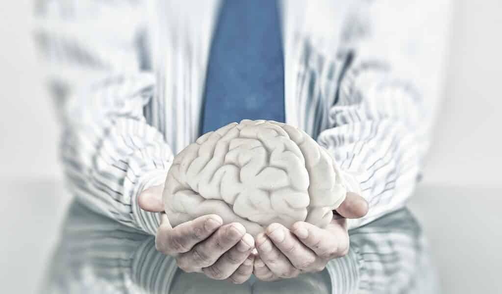 des-électrodes-en-fibre-de-carbone-pour-le-cerveau
