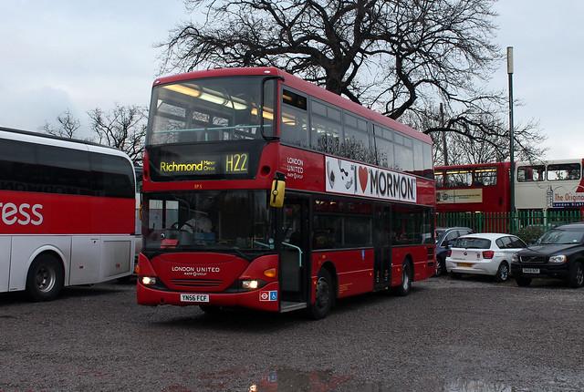 Route H22, London United, SP5, YN56FCF