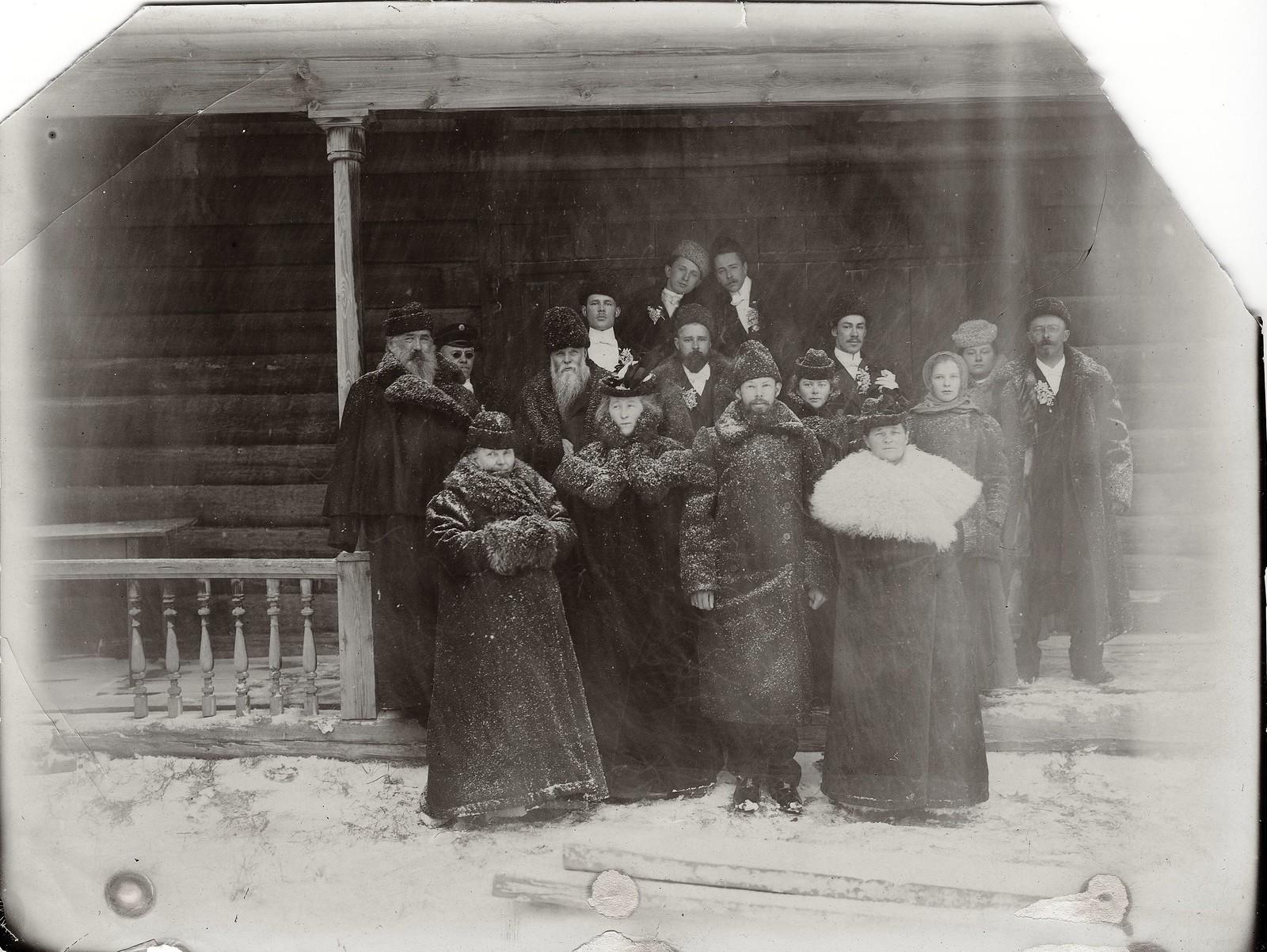 Свадьба Юдина Л.Г., сына Г.В. Юдина, красноярского купца, виноторговца, золотопромышленника. 1900