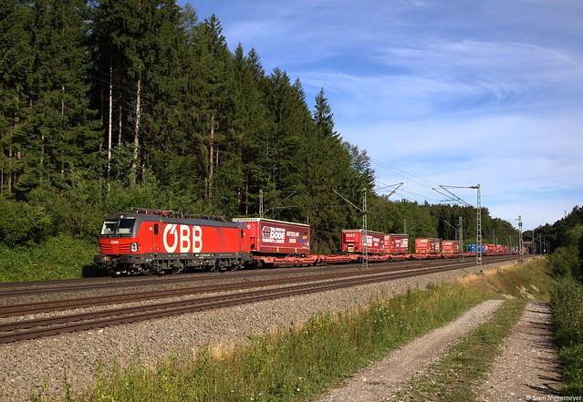 ÖBB 1293 060 mit KLV bei Grafing