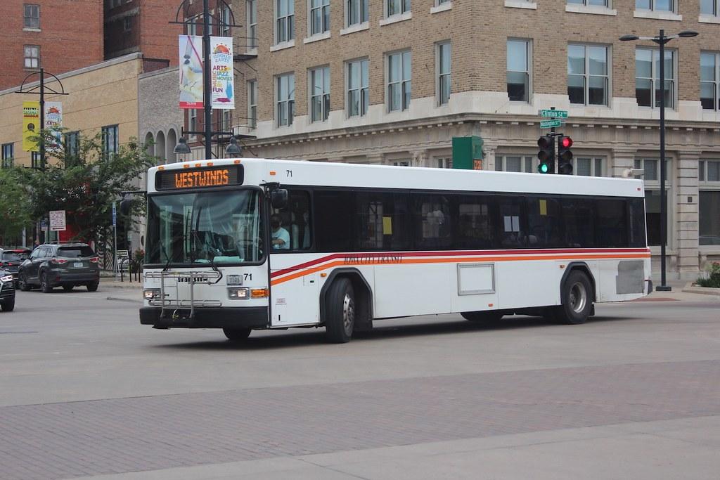 Iowa City Transit 71