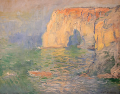Étretat, La Manneporte, reflets sur l'eau - Monet, 1885