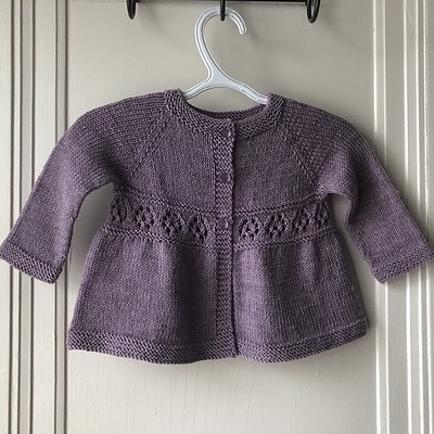 Lise (Mattedcat) finished another Chamomile by Lisa Chemery using Garnstudio Drops Baby Merino.