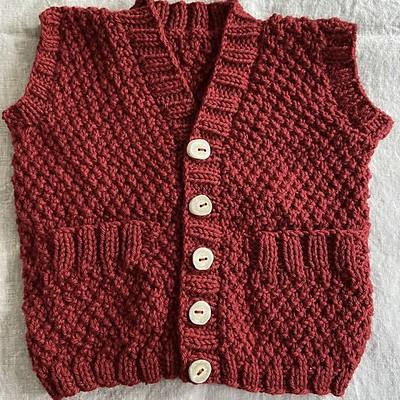 Kathy (chantrykathy) finished another Hobbit Vest by Lisa Chemery using Berroco Vintage.