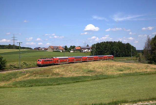 111 027-9 mit dem RE57410 von München nach Memmingen bei Grabus