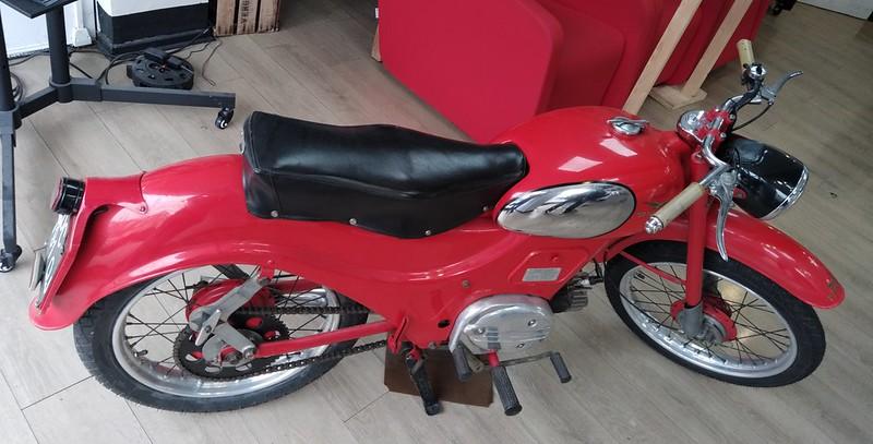 Moto Guzzi Zigolo Lusso S2 / 1958 51300642859_27983df6bd_c