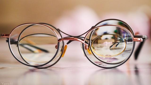 9922 - #Eyeglasses