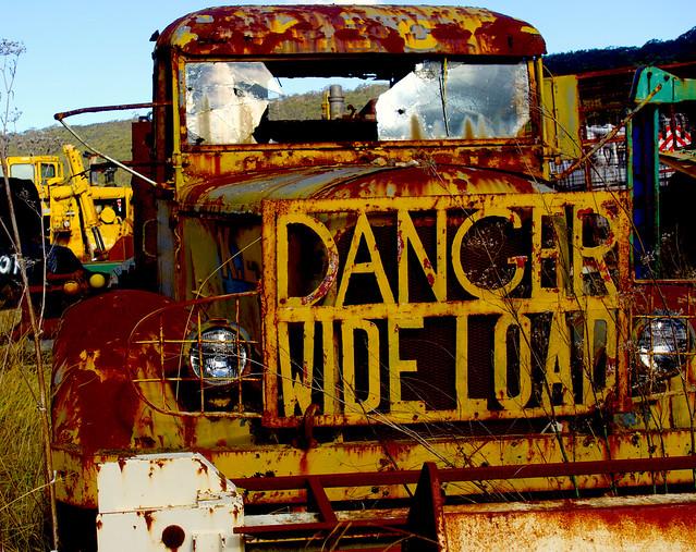 Danger wide load 2