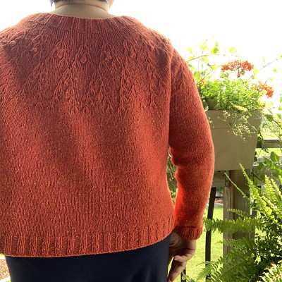 I finished my Fireworks sweater by Marie Green for the Olive Knits 4 Day KAL 2021!