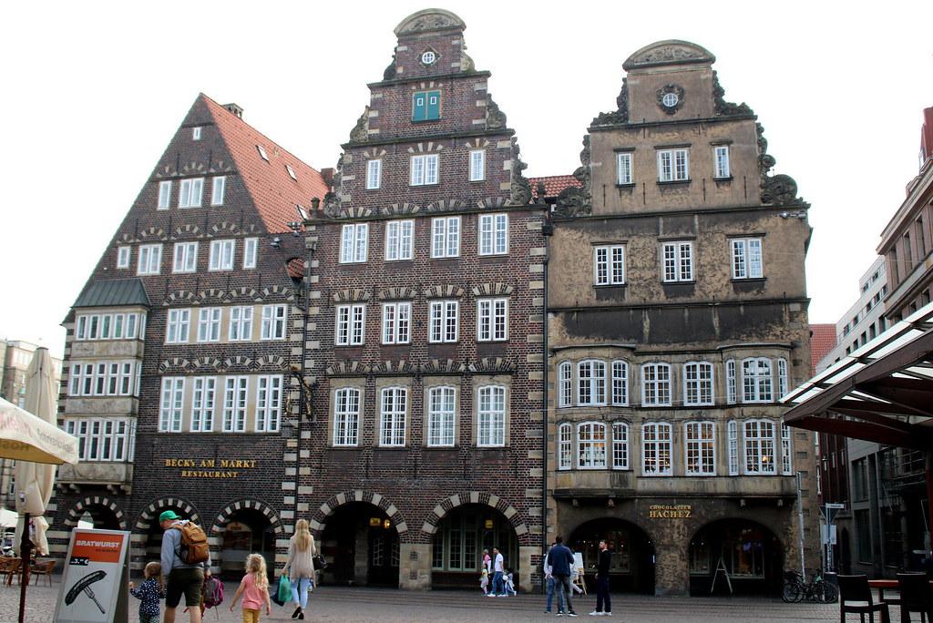 Bremen frauen in Church of