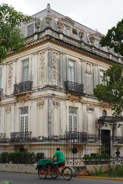 gorgeous mansion on Paseo de Montejo