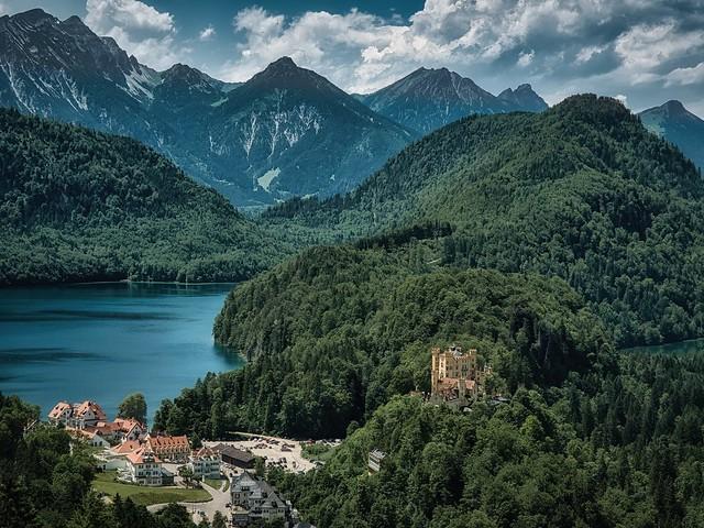 Alpsee mit Schloß Hohenschwangau-Allgäu