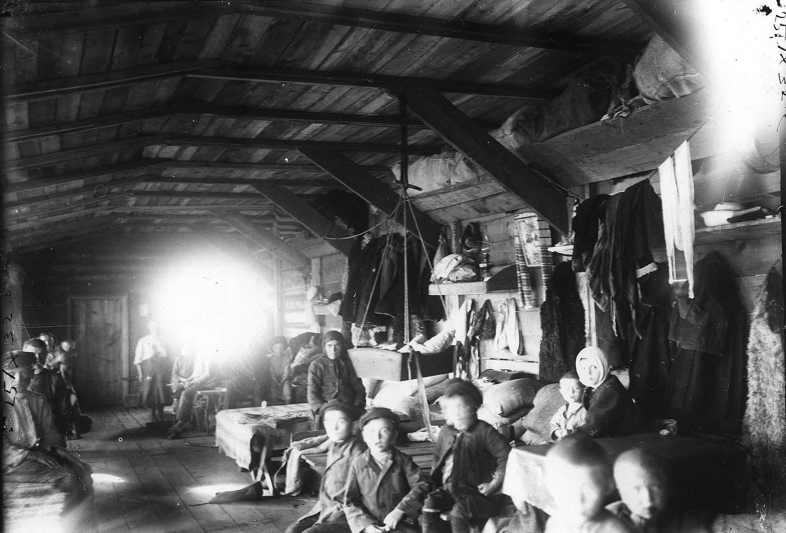 Барак для семейных рабочих. 1890