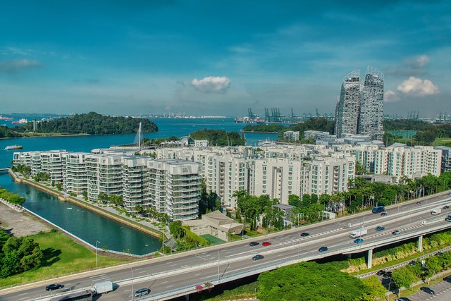 Luxury dwellings at harbor front in Singapore