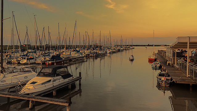An evening in the marina of Rust