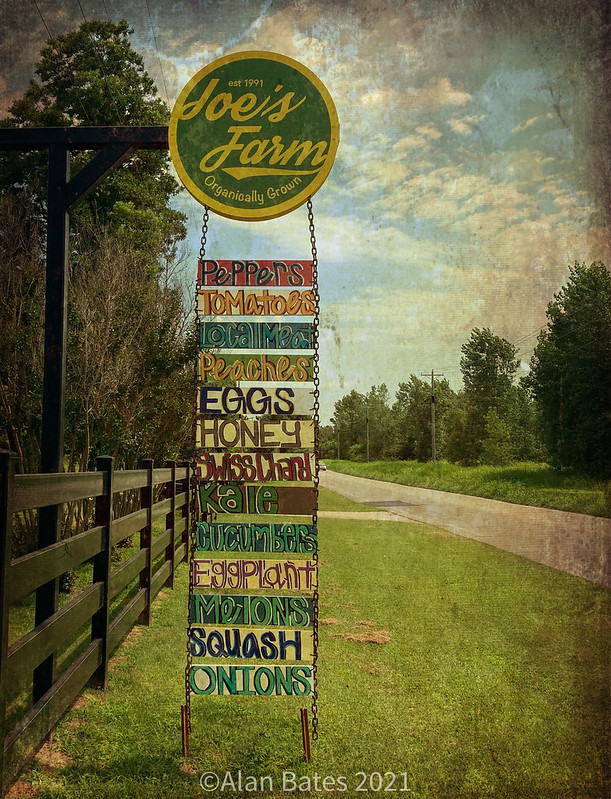 Joe's Farm Sign