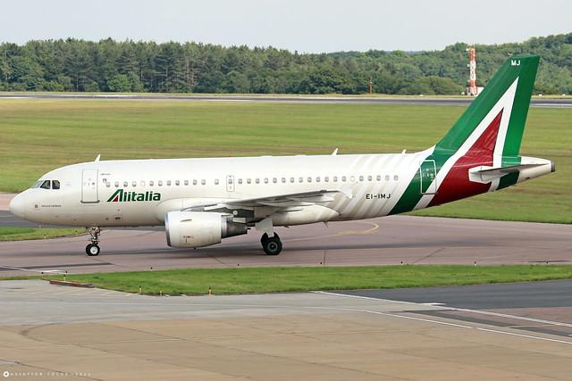 EI-IMJ  -  Airbus A319-112  -  Alitalia  -  LTN/EGGW 11/7/21