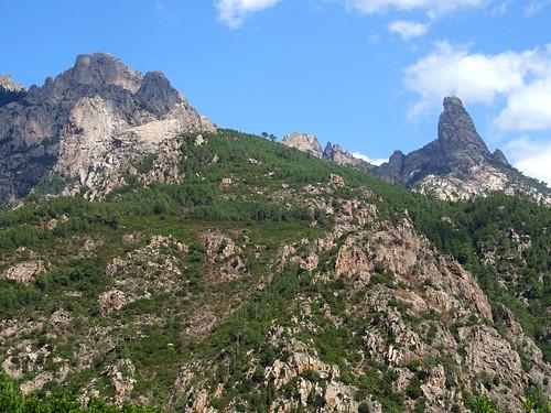Chemin du Finicione RD : au 1er col (490m) - Punta Buvona-Bunifazinca