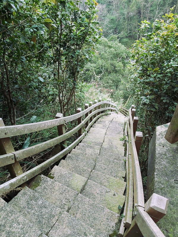 san-yuan-19-stairs-from-Cihui-Temple