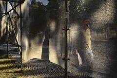 Light and shadow play #lisbon #portugal #t3mujinpack