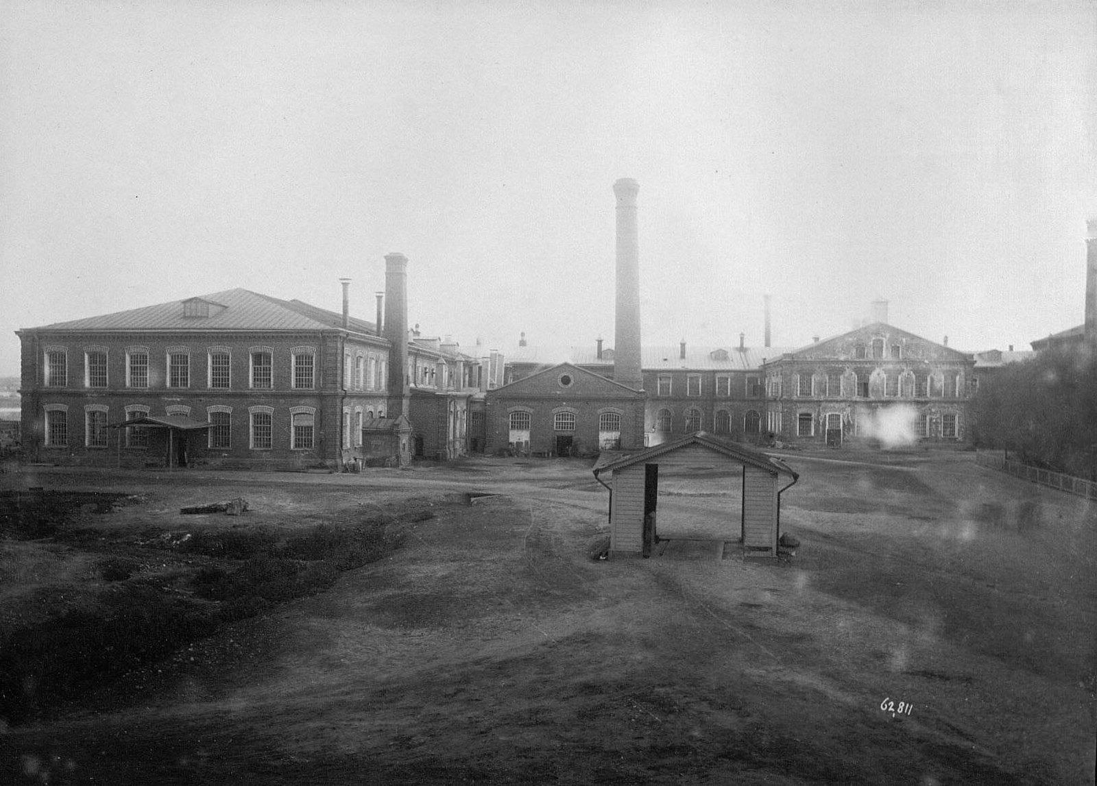 Фабричный корпус и другие здания
