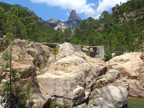 Punta Bunifazinca et le pont de Figa