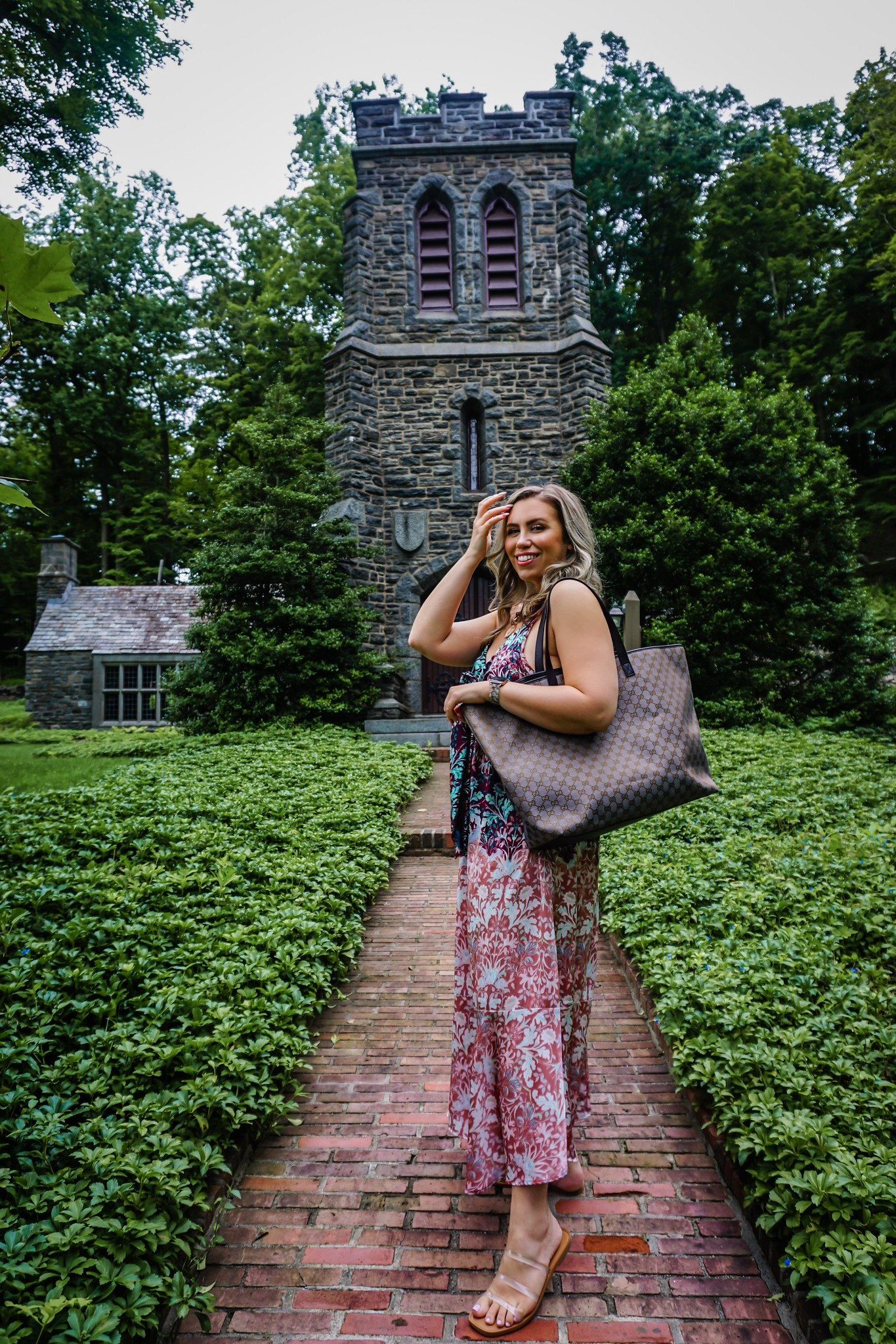 3 Ways to Wear Pre-Loved Designer Bag   Gucci Canvas Tote Bag   LXRandCo   LXR Vintage Luxury Retailer   Vintage Designer Bag Review   Where to Buy Preloved Designer Bags   Free People Metallic Dress Outfit   Summer Outfit Ideas