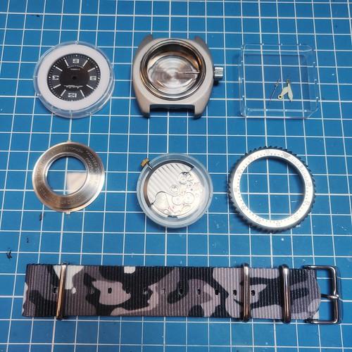 Vos montres russes customisées/modifiées - Page 17 51304958325_788a6367f9