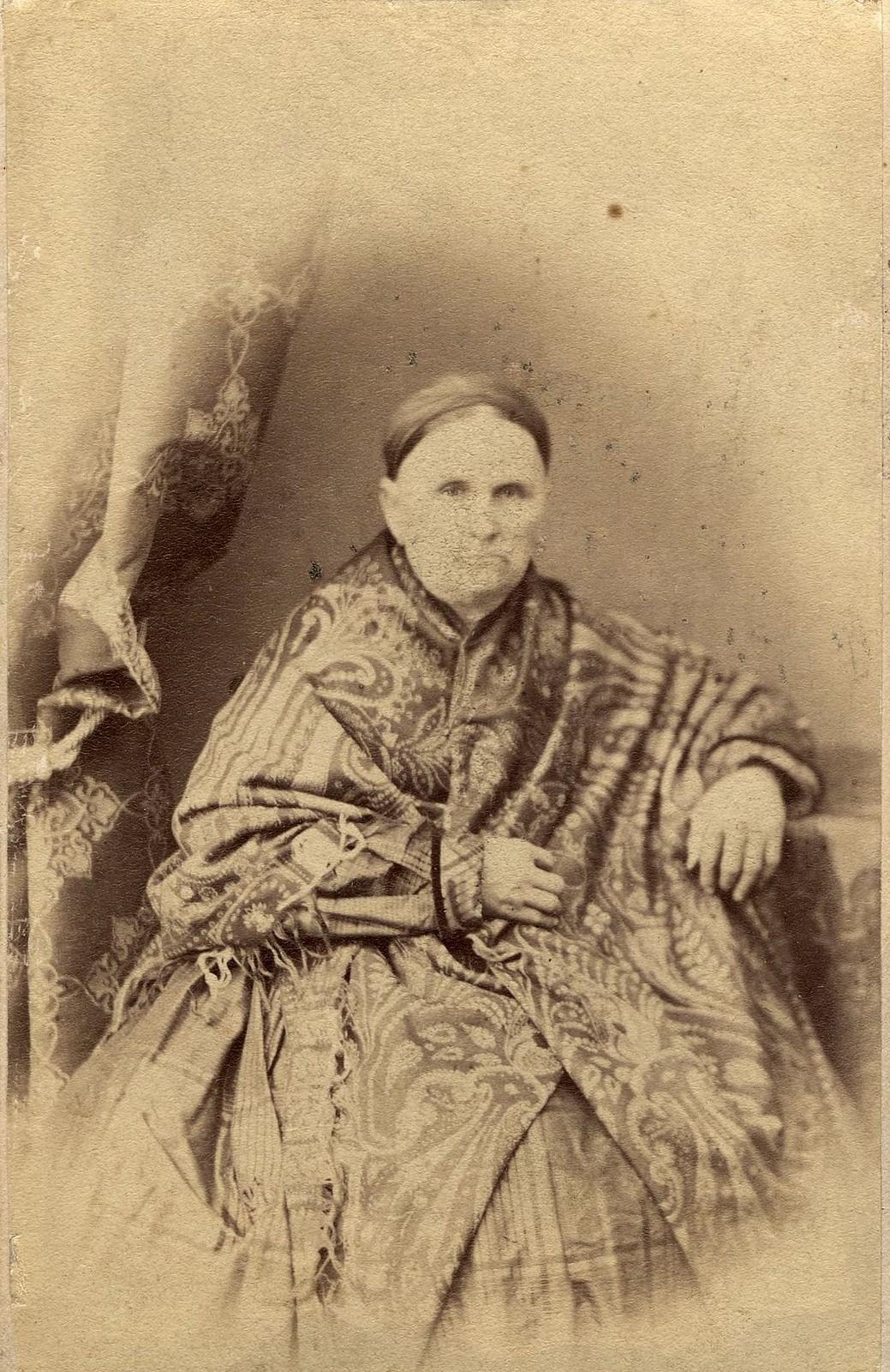 Ларионова Агрипина Константиновна - жена купца И.П. Ларионова. 1860-е