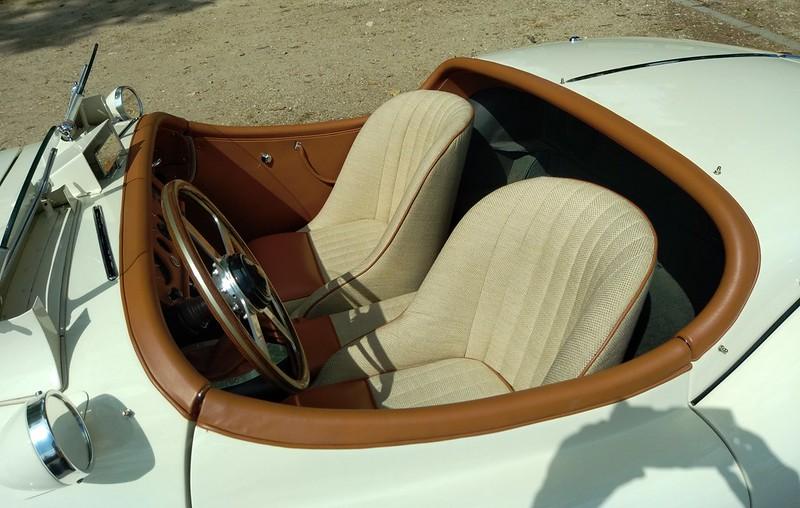 Jaguar XK 120 / Replica record 141,51 Mph  51305238453_0cee847987_c