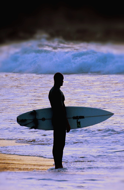 Esperando la ola /  Waiting for the waves