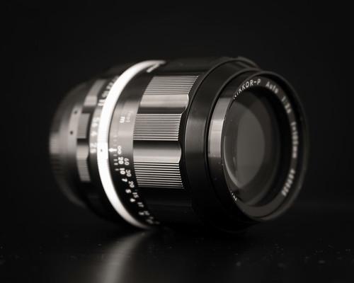 Nikon Nikkor 105mm f/2.5 (Xenotar version) ~ Lens Stories