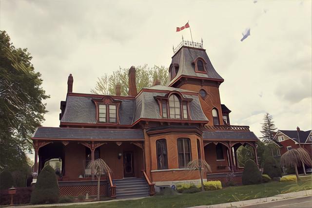 St Marys  - Ontario - Canada  - 236 Jones Street East - Victorian Architecture