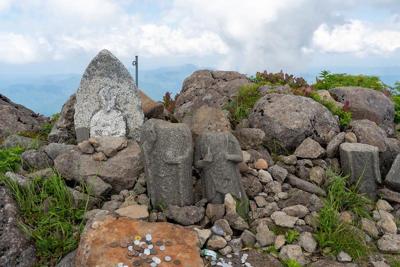 森吉山の石仏