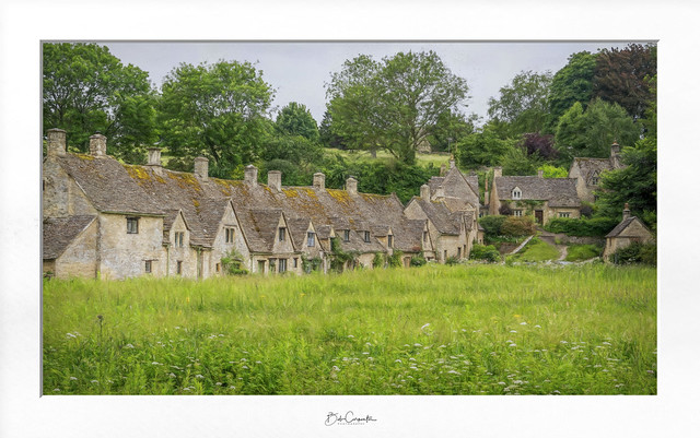 Weavers Cottages in Bibury (Explore)