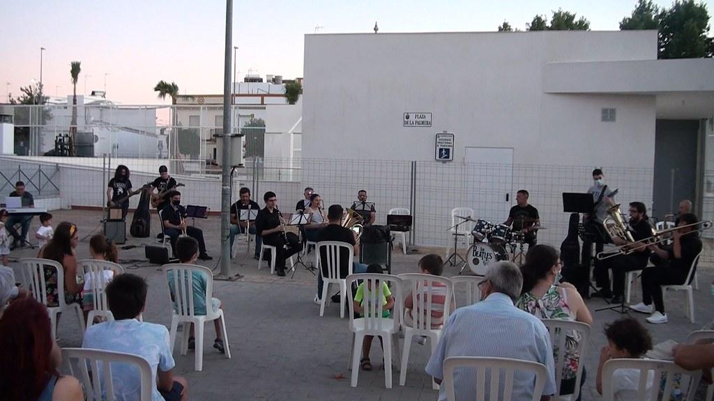 Concierto Tributo a The Beatles de la Asoc. Mus. La Oliva