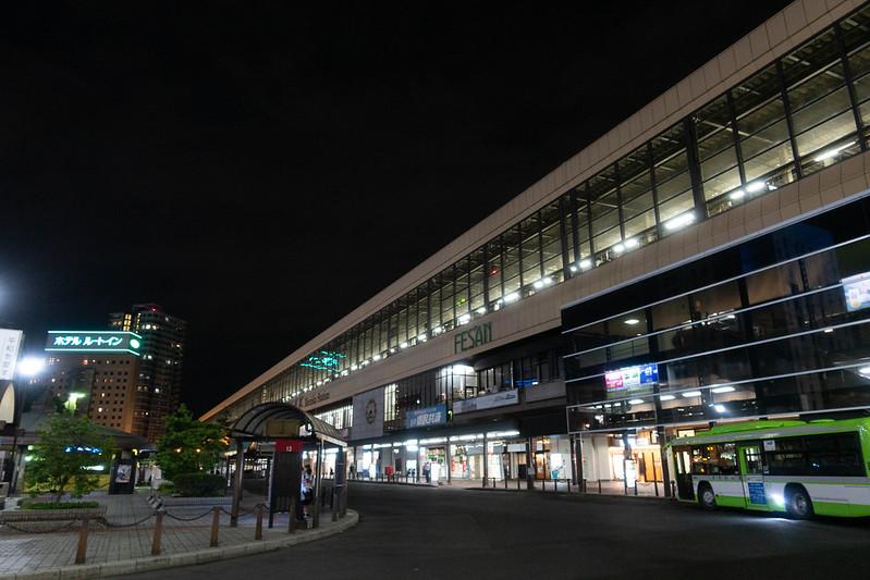 夜の盛岡駅
