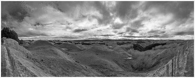 Mount Curl Grange View-Pano B&W