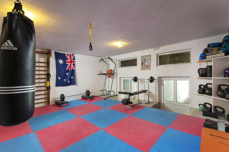 Gym-001