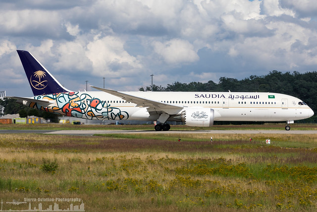 HZ-AR13 Saudia - Saudi Arabian Airlines Boeing 787-9 Dreamliner 'Year of Arabic Calligraphy 2021'  (FRA - EDDF - Frankfurt)
