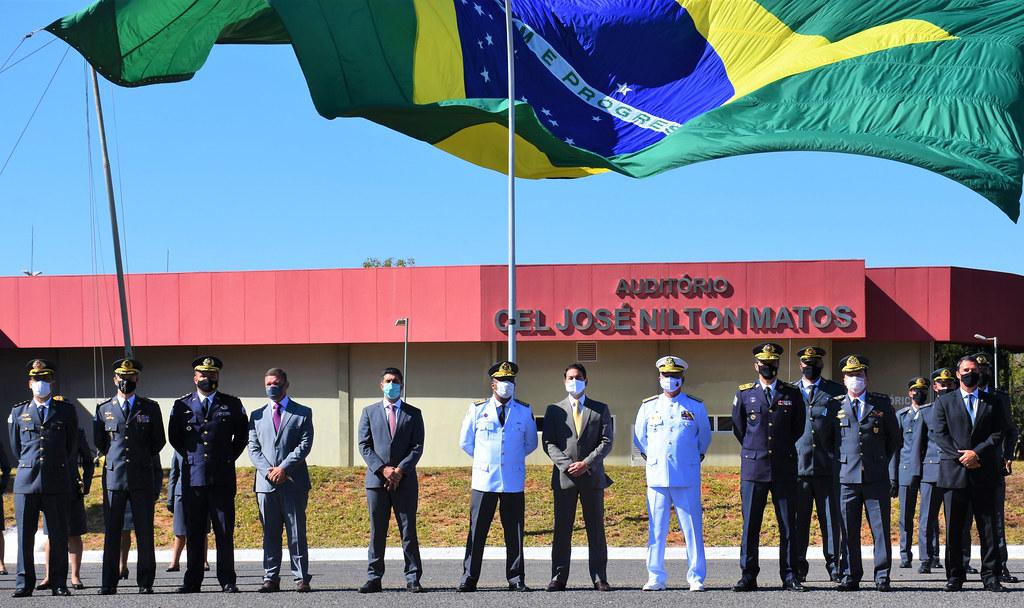 Deputado Roosevelt Vilela participa da solenidade de entrega do Espadim Marechal Souza Aguiar às turmas 40ª e 41ª do Curso de Formação de Oficiais