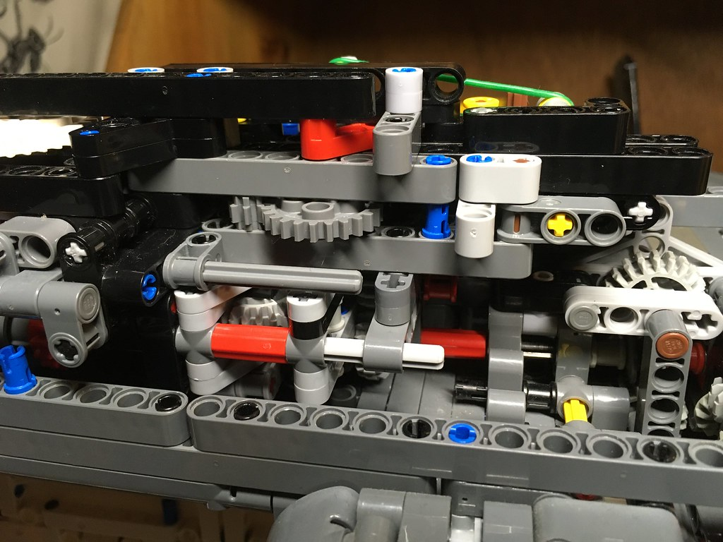 New automated mechanical switch for raising and lowering the undercarriage.